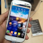 Samsung Galaxy S3 features a 4.8 Inch AMOLED